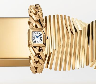 The special bracelet makes the timepiece more recognizable.