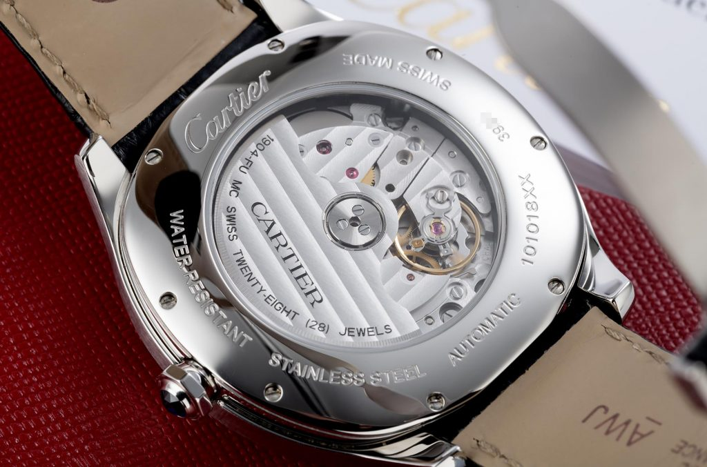 The stainless steel fake watch is equipped with Swiss movement.